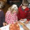 Association A la découverte à Aime, atelier céramique de Noël